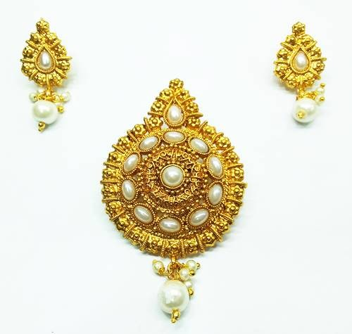Traditional Gold Pendants